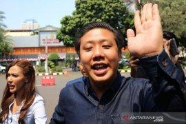 Pengadilan Jakarta Selatan gelar sidang perdana 'bau ikan asin'