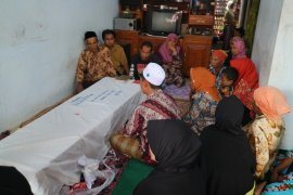 Pemkab Jember pulangkan jenazah TKI di Malaysia