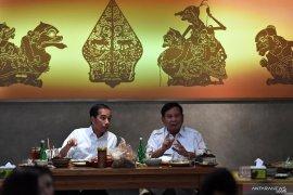 Joko Widodo-Prabowo bertemu, cerminkan pemimpin yang matang berdemokrasi