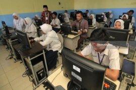 49 sekolah di Ambon laksanakan UNBK 2020