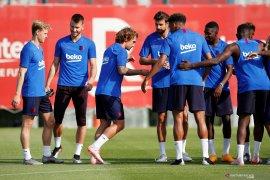 Griezmann-De Jong ikuti sesi latihan pertama Barcelona