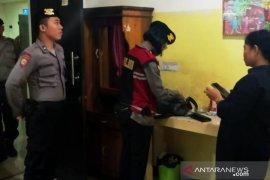 Polresta Banjarmasin amankan 10 orang dari bilyar, karaoke dan hotel
