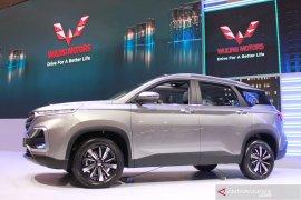 Mobil Wuling Almaz berbahasa Indonesia dijual mulai Rp263 juta