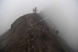 Suku Tengger gelar Yadnya Kasada di Gunung Bromo
