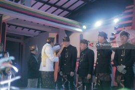 Tujuh warga kehormatan Suku Tengger dikukuhkan dalam Yadnya Kasada