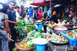 Harga berbagai jenis sayuran produk lokal bertahan