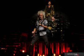 Queen galang dana lewat tayangan konser tribute Freddie Mercury