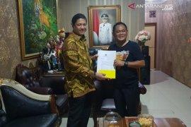 DPP Golkar serahkan rekomendasi bakal calon wabup kepada Bupati Bekasi