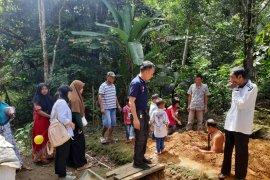 Warga Desa Binjai difasilitasi YABN bangun WC sehat