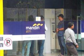 BPKN: Bank Mandiri harus beri kompensasi ke nasabah