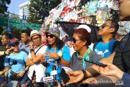Kaka Slank: kurangi sampah plastik dimulai dari diri sendiri
