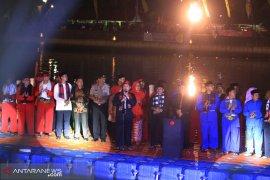 Festival Cisadane menggelar turnamen tinju di pinggir sungai