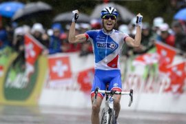 Pinot rampas Etape 14, Alaphilippe tetap puncaki klasemen Tour de France