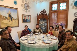 "Megawati lakukan ""politik nasi goreng"" dengan Prabowo"