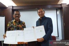 Pemkot Ambon - ANTARA teken MoU layanan informasi publik