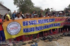 Petani Sampang dukung gubernur perjuangkan kenaikan harga garam