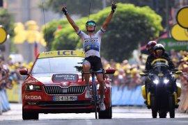 Pembalap Italia Trentin juarai etape 17 Tour de France