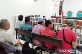 Buang sampah sembarangan, 27 warga Bogor diadili