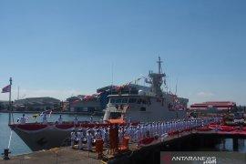 Menhan terima kapal perang KCR 60 buatan PT PAL  Indonesia