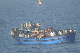 Pekerja bantuan: 55 jasad ditemukan dari kapal yang terbalik di  lepas pantai Libya
