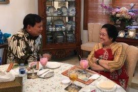 Lihat sejarah dan latar belakang, Gerindra diprediksi gabung dengan pemerintah