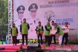 """Dua kelurahan Pamekasan terima penghargaan """"Berseri"""" dari Gubernur"""