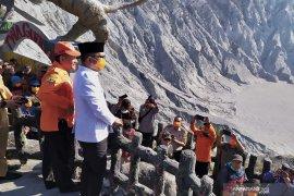 Gubernur Jabar imbau stop sebar info invalid erupsi Gunung Tangkuban Parahu
