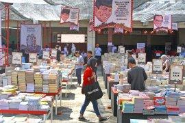 Jutaan buku dihadirkan dalam Festival Literasi Patjar Merah di Malang