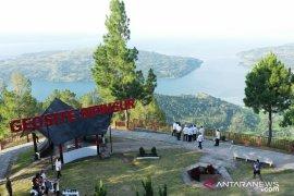 Presiden tekankan pemeliharaan lingkungan destinasi wisata Danau Toba
