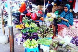 Harga berbagai jenis sayuran produksi lokal di Ambon normal