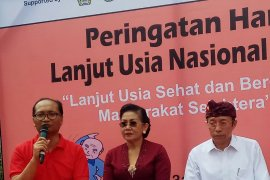 Dinkes Bali wajibkan pelayanan kesehatan layak untuk lansia lewat Perda 11/2018