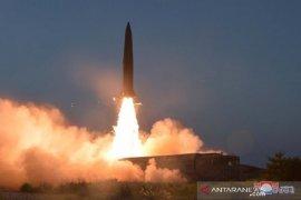 Peringatkan AS, Korea Utara luncurkan rudal