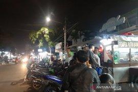 BPBD lakukan evakuasi warga di sepanjang pantai Pelabuhan Ratu Sukabumi