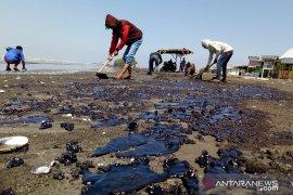 Aktivis: Dampak lingkungan akibat tumpahnya minyak mentah harus diperhatikan