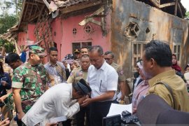 Mensos sebut tiga korban meninggal bukan terdampak langsung gempa
