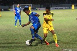 Persib Bandung kehilangan Ghozali Siregar dan Omid Nazari