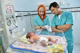 Bupati Trenggalek jamin perawatan bayi dibuang orang tuanya