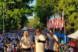 Paman Birin lepas 5 ribu peserta jalan sehat CBDI