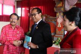 Tim Penilai Nasional kunjungi perpustakaan desa Mengwi