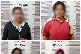 Polisi ciduk empat emak-emak kedapatan main judi