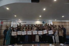 Kideco Berikan Beasiswa CSR Paser Cemerlang