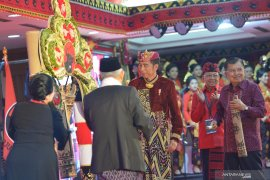 "Pengamat: Wajar PDIP minta ""jatah"" kursi menteri ke Jokowi"