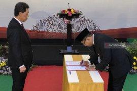 Sugiarto Kasmuri jabat Kepala OJK Malang