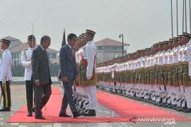 Pertemuan Presiden Jokowi - Mahathir bahas tiga isu
