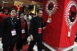 Permintaan menteri dari PDIP akan menyulitkan Jokowi