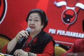 Megawati umumkan pengurus PDIP, Hasto tetap sekjen, Risma masuk jajaran ketua
