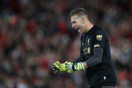 Van Dijk yakin dengan kemampuan Adrian jaga gawang Liverpool
