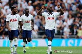 Tottenham hantam Villa 3-1
