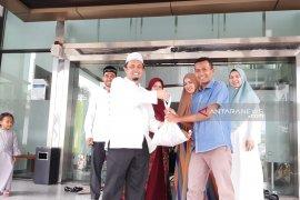 Mandiri Syariah salurkan sapi kurban ke desa terpencil di  Aceh