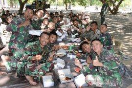 Prajurit Indonesia kenalkan tradisi Idul Adha kepada Marinir Amerika